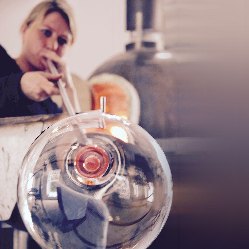 RikkePrecht_glaspuster_Lønstrup_om-Rikke